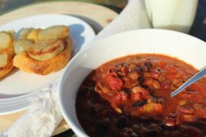 Easy Sweet Bean Crockpot Chili. Easy-vegetarian-chili-recipe. Fall-food-ideas. Fall-food-meals. Vegetarian-chili.