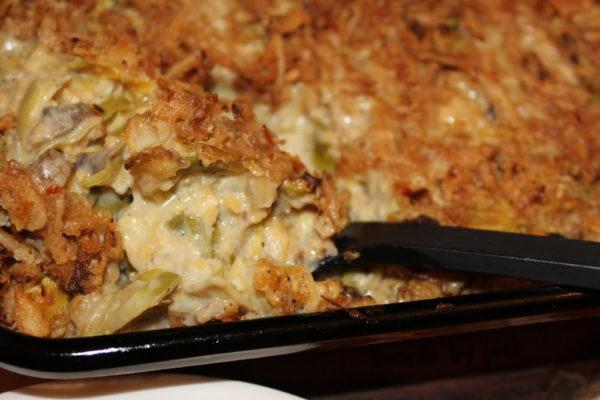 Veggie Hummus Alfredo Casserole-vegetarian recipe-vegetarian holiday comfort food-meatless recipe-meatless meal-Thanksgiving recipe-Christmas recipe-vegetarian dish-meatless side dish-bean recipe-vegetable side dish-savory recipe