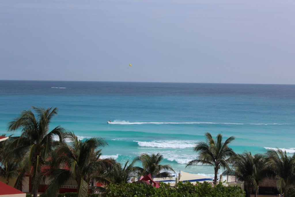 pack family trip all inclusive resort mexico. Ocean view from all-inclusive resort. #familytravel #packingtips #familyvacation #allinclusive #beachvacation