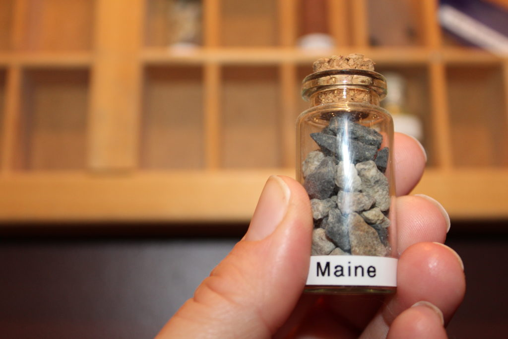 Shadow Box Vial with rocks from Maine for a cheap fun way to make a souvenir collection from family vacations.