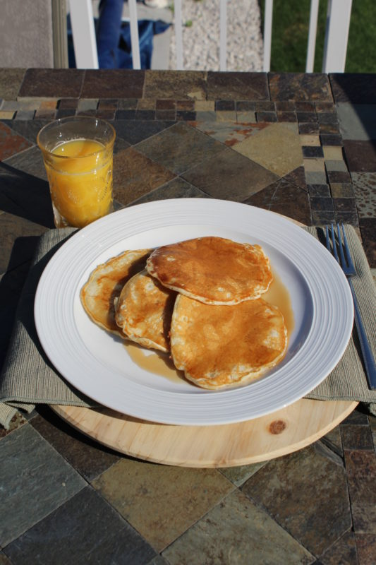 Easy Homemade Comfot food Butter Pancakes an easy recipe for breakfast or brunch. This recipe is made without oil and it is a quick prep and a fast meal to prepare for busy families. #breakfastrecipes #breakfastlovers #brunch #brunchideas #easyrecipes #butter #comfortfood #pancakes #homemade #homemaderecipes #juliehoagwriter #familyfavorites