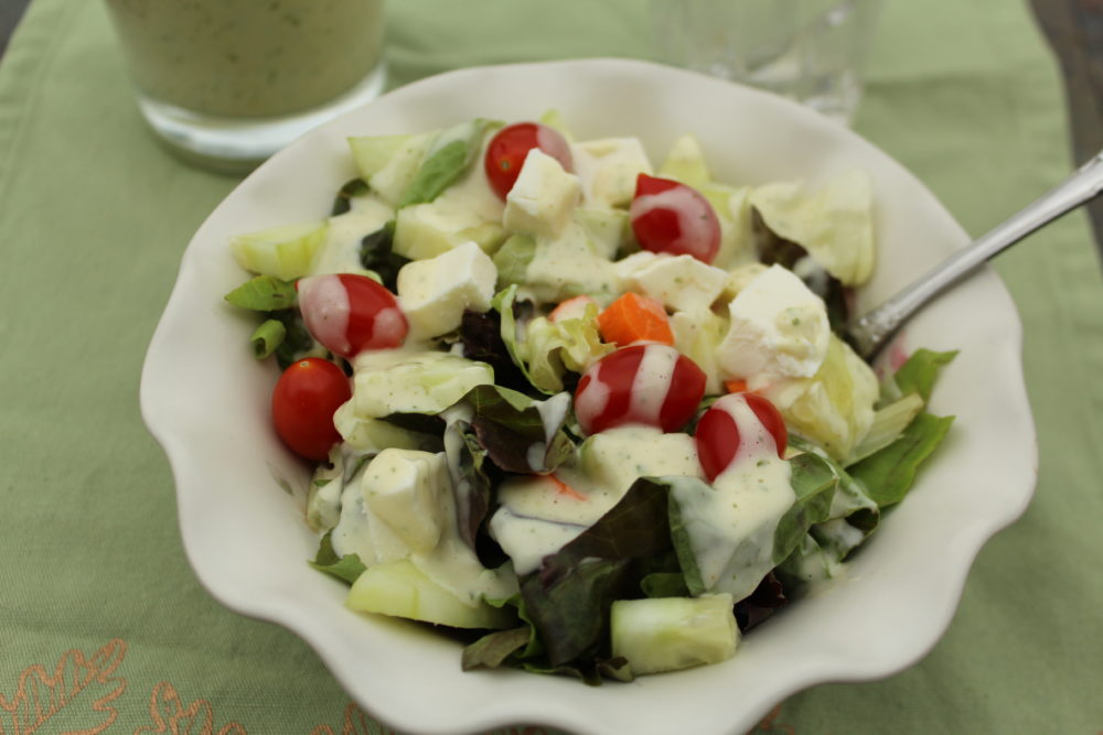 Tangy-Homemade-Cilantro-Lime-Salad-dressing-recipe