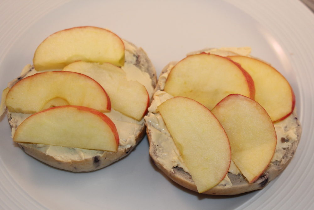 Salted Caramel Cream Cheese and Apple Breakfast Bagel a delicious and simple open faced breakfast bagel sandwich. It is easy and quick to make, an easy recipe.
