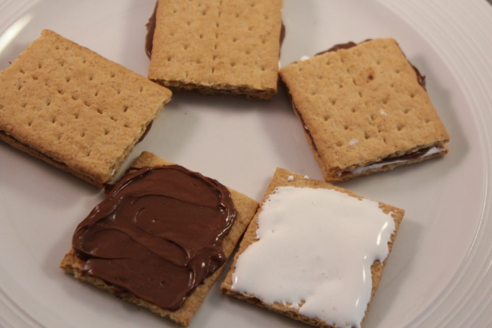 Easy Anytime S'more snack