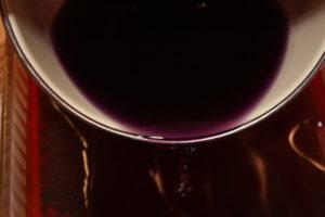 pour purple grape jello layer