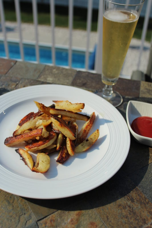 Easy Garlic Ranch Oven Fries to Enjoy with Ketchup and a glass of beer