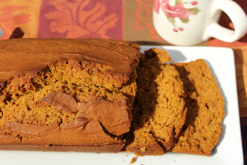Maple Cinnamon Pumpkin Bread with slices