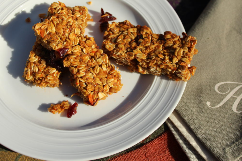 Healthy Chewy Homemade Carrot Banana Granola Bars. A healthy easy breakfast or snack item. Contains fruit, vegetable, chia seeds. #healthyrecipe #vegetarian #easyrecipe Easy to make recipe