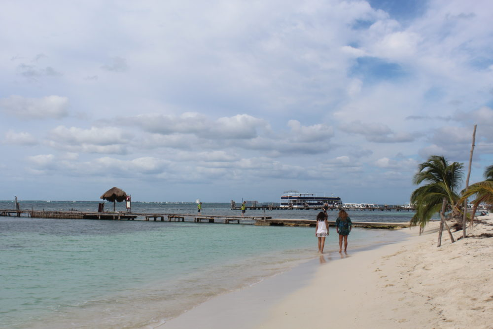 What you need to know about an excursion to Isla Mujeres Mexico with family and kids