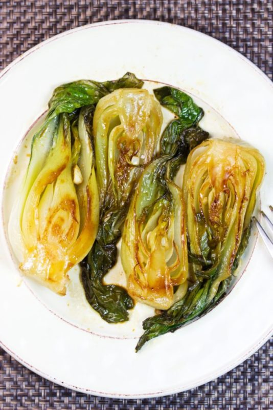 Baby Bok Choy with Sweet and Tangy Sauce vegetable side dish. #vegetable #sidedish #vegetarian #vegetarianrecipe #vegetariandish #dinnerideas #meatless