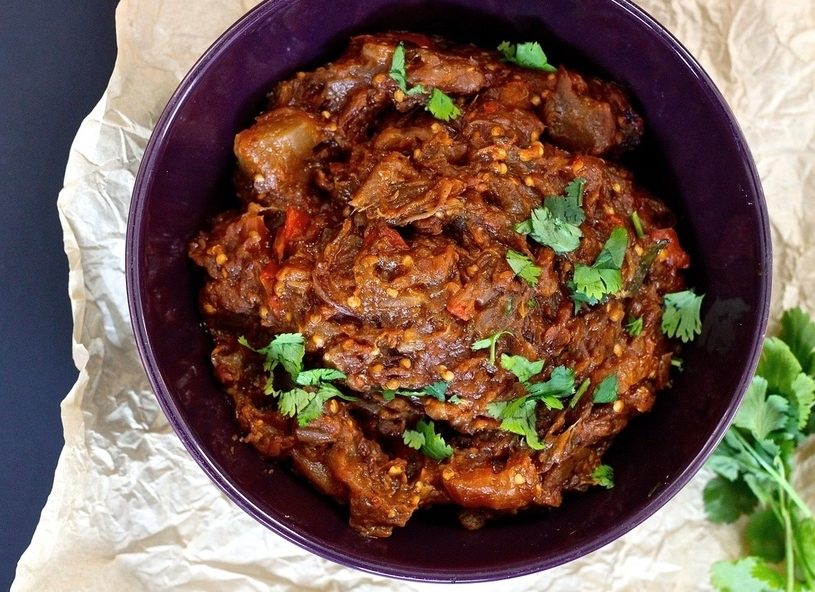 Baingan Ka Bharta: Roasted Eggplant Mash Indian food recipe. #vegetarian #vegetarianfood #meatless #meatlessmonday #vegetable #sidedish #indianfood #recipe #eggplant #recipe