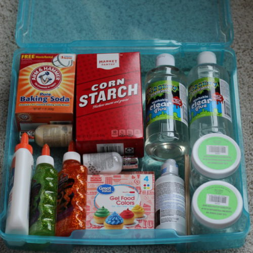 DIY Slime Kit Gift for Crafty Kids bin filled with supplies. #diygifts #craftsforkids #kidscrafts #craftsupplies #diyproject #diychristmasgift #diyholidaygift #giftsforkids #giftideasforkids #creativekids #holidaygiftideasforkids