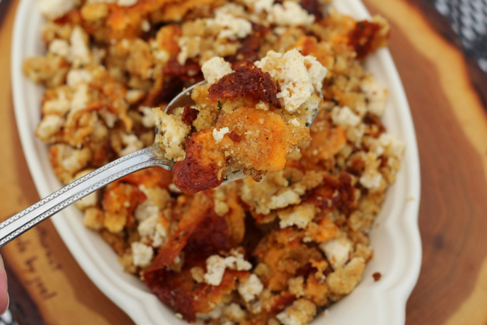 Delicious Vegetarian Cheese and Tofu Stuffing. #vegetarianrecipes #holidayrecipes #holidaycooking #thanksgivingrecipes #stuffing #thanksgivingmeal #christmasmeal #easyrecipes #cooking #vegetarianfood #holidayfood