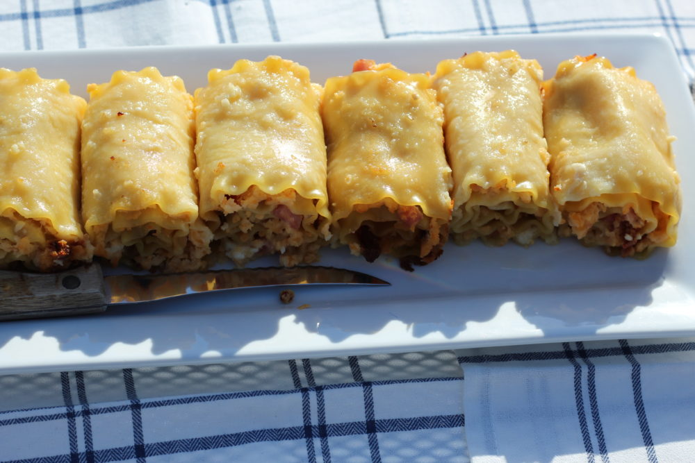 Hybrid Recipe Rutabaga Vegetarian Plus Ham Lasagna Rolls vegetarian and meat rolls from one recipe. #hybrid #hybriddish #hybridrecipe #vegetarian #vegetarianrecipes #rutabaga #vegetable #lasagnaroll #veggielover #vegetable #healthyrecipe #veggies #veggielover #dinner #dinnertime #dinnermeal #pasta #cheese #cream