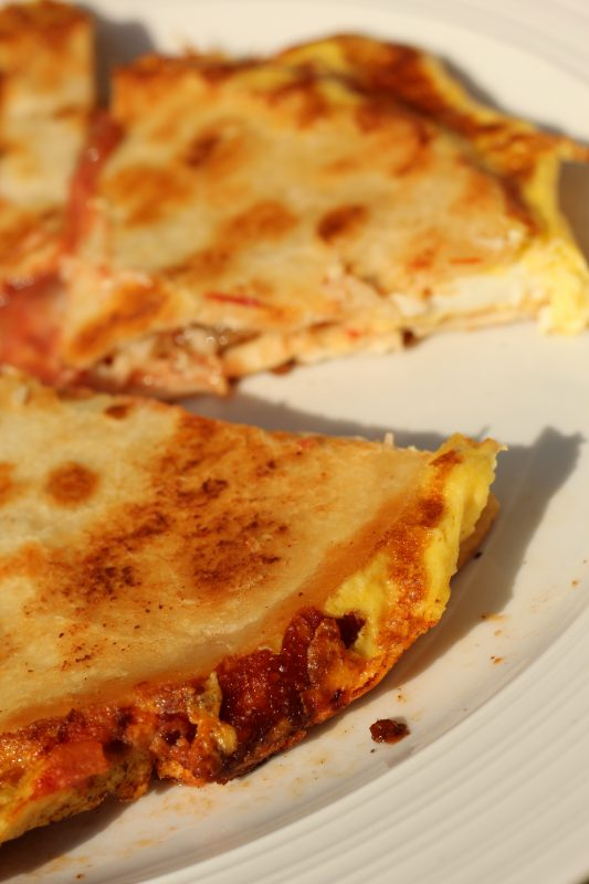 Easy and Quick Breakfast Quesdadilla Recipe made in 8 minutes. An easy to make breakfast, brunch, lunch, or dinner quesadilla meal made in one pan.