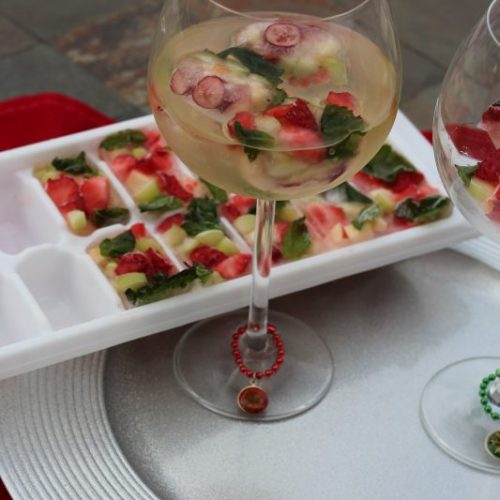 Festive Christmas Wine with Fruit Ice Cubes