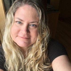 Julie Hoag author, blogger, influencer