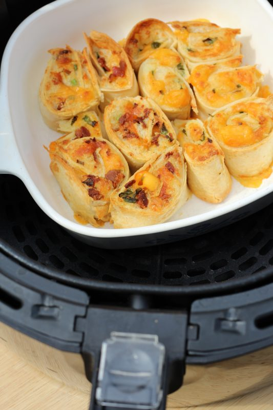 Air Fryer Recipe Mashed Potato Rolls a party food appetizer recipe. Great tasty snack ,make it meatless and with meat. A great way to use up letover mashed potatoes. Party food or side dish.