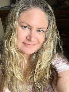 Author Julie Hoag lifestyle blogger, writer. Poetry by Julie Hoag