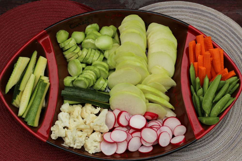 Low Carb Party Trays with Veggies and Queso Dip vegetable platter for healthy snacks