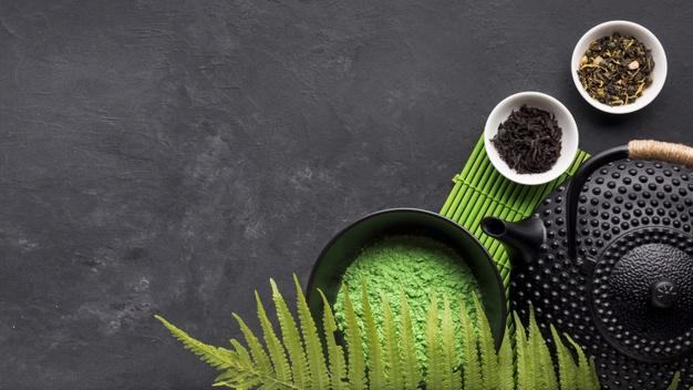 green-matcha-tea-powder-with-dry-herb-black-background-matcha-tea-weight-loss
