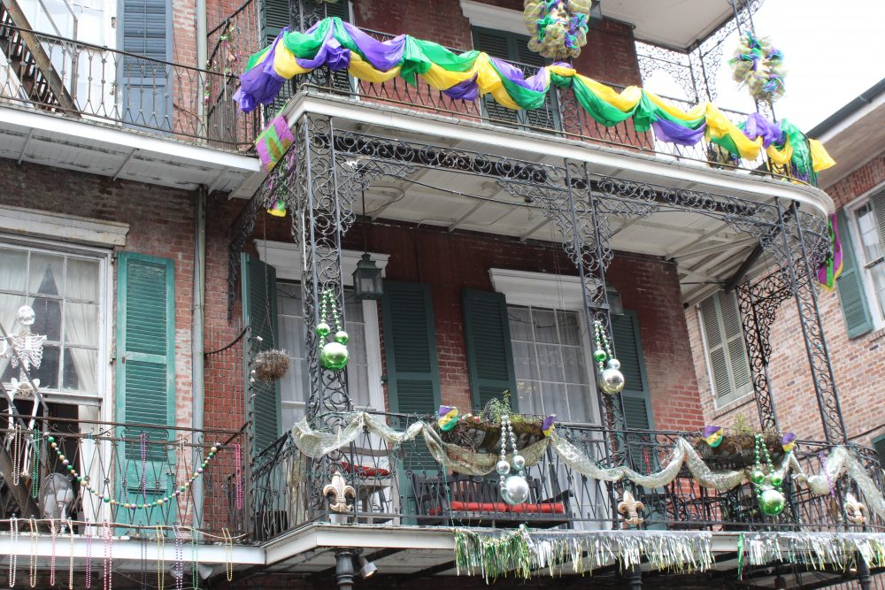 decorated home in New Orleans Mardi Gras colors