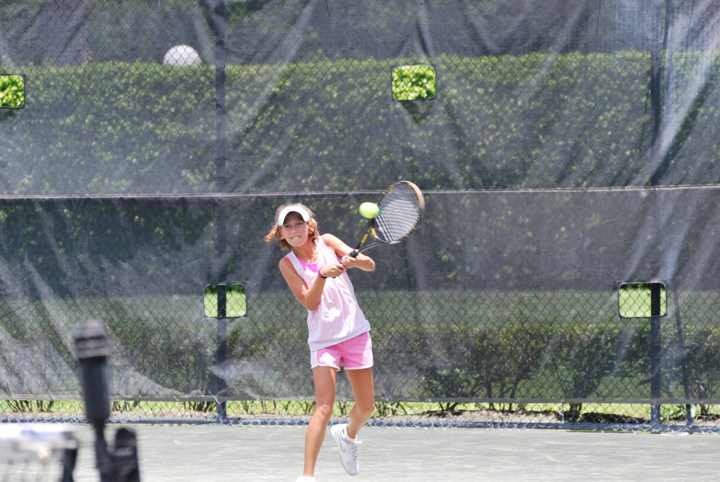 Tennis for teens. Affirmations of a tennis mom about the benefits of playing tennis for children