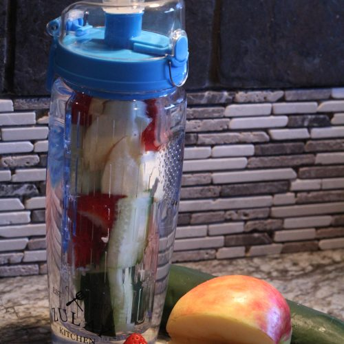 The Best Infusion Water Bottle for Busy Moms
